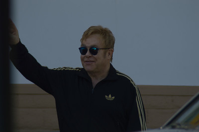 Elton John surprise concert