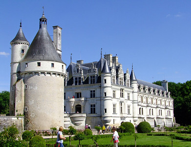 Castles in the Loire River Valley:  Chenonceau and Amboise