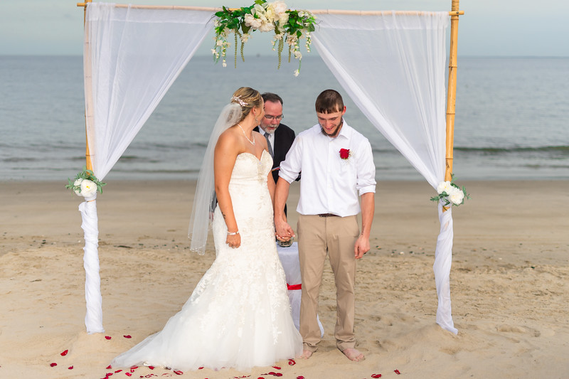 VBWC BEIL 09042019 Buckroe Beach Wedding Image #47 (C) Robert Hamm.jpg