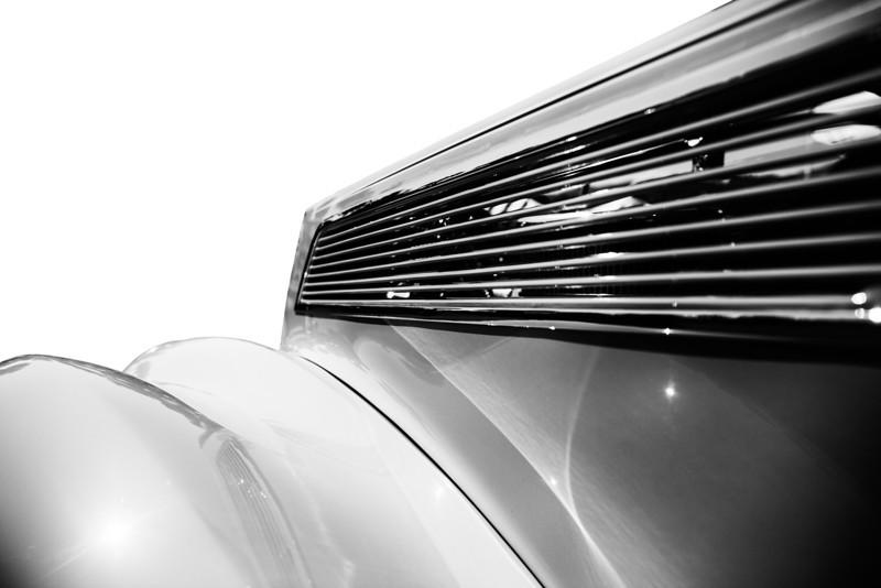 classic_car_white.jpg