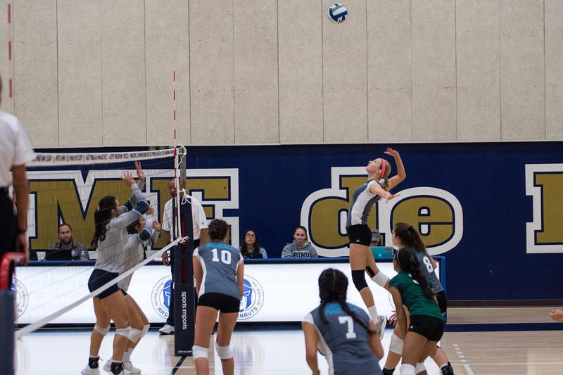 HPU Volleyball-91653.jpg