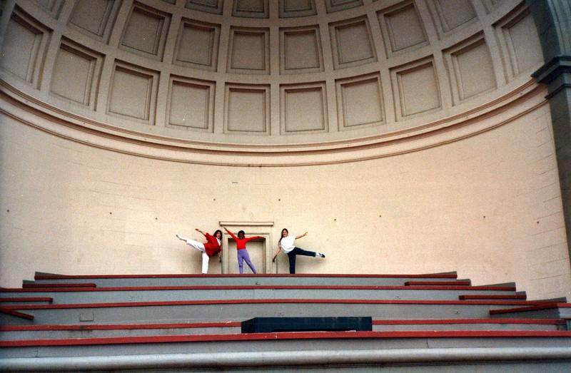 Dance_1937_a.jpg
