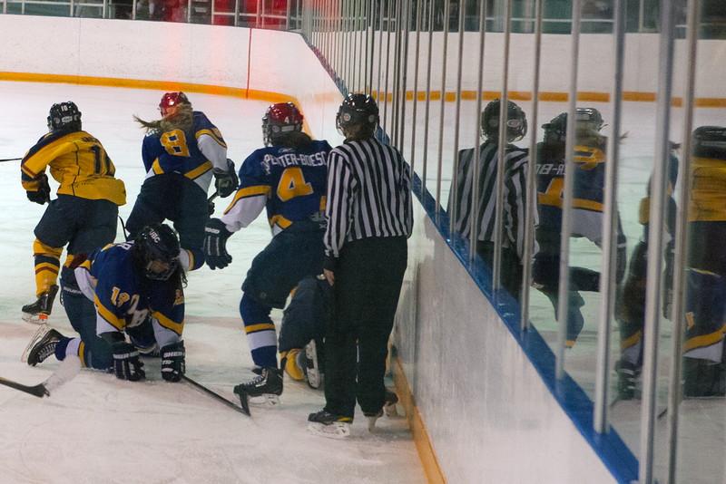 20130310 QWHockeyvsUBC 661.jpg