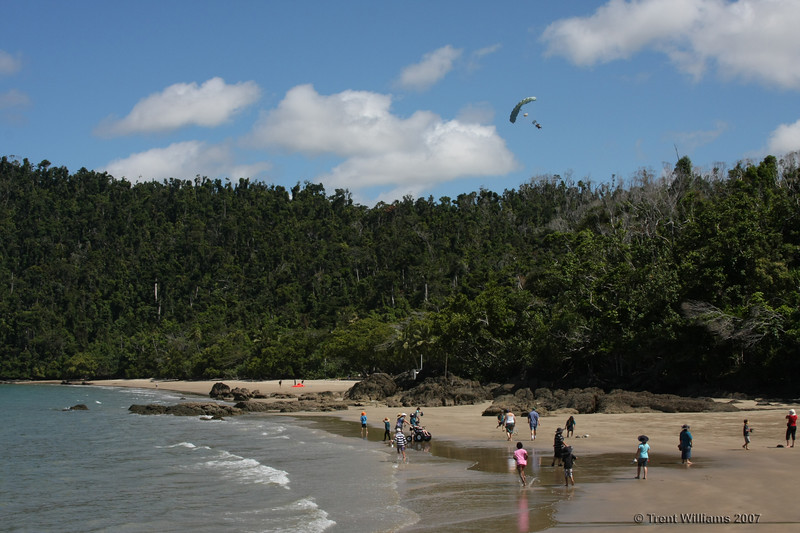And Third, some parachutists decide to drop in. It was like going to the circus. Etty Bay