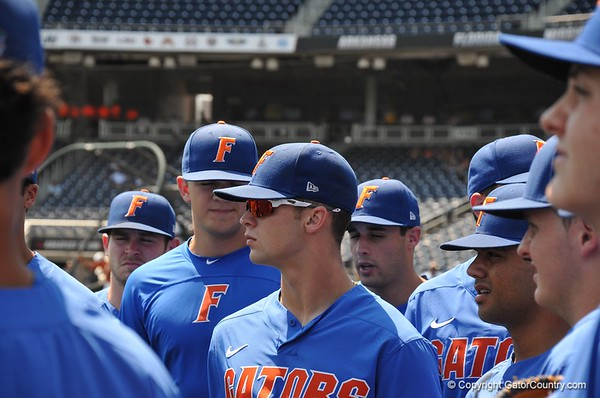 2018 College World Series: Florida vs Texas