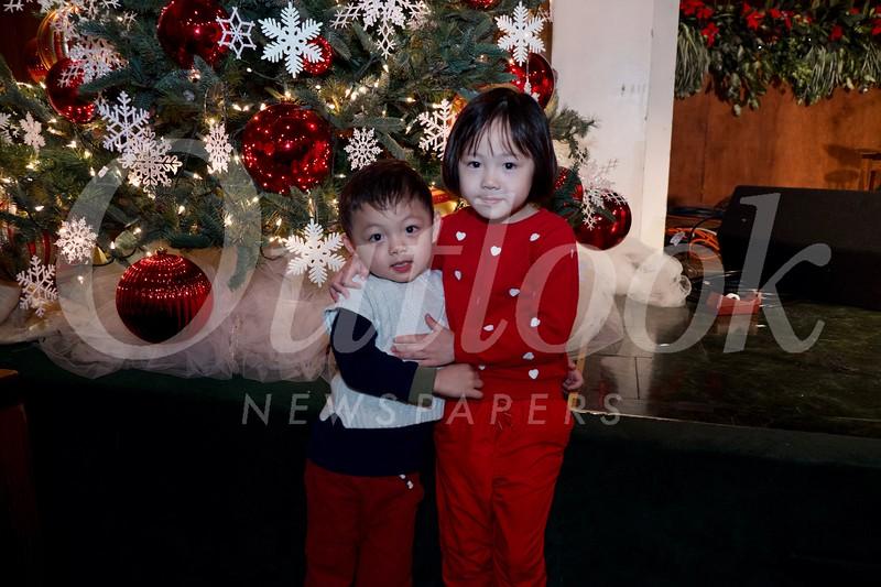13 Elsie and Elvus Yang.jpg