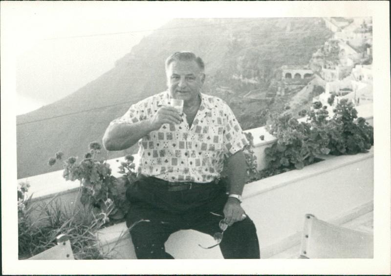 1964_George_E56-01.jpg