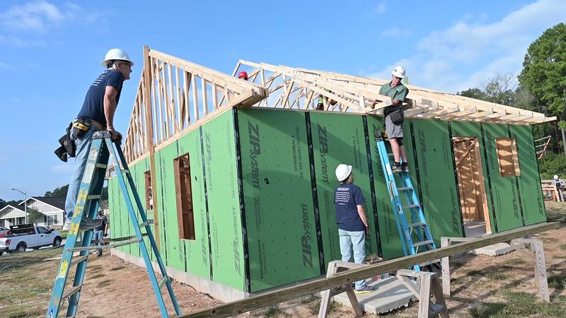 Don Rueter - Habitat Truss Raising-32.mov