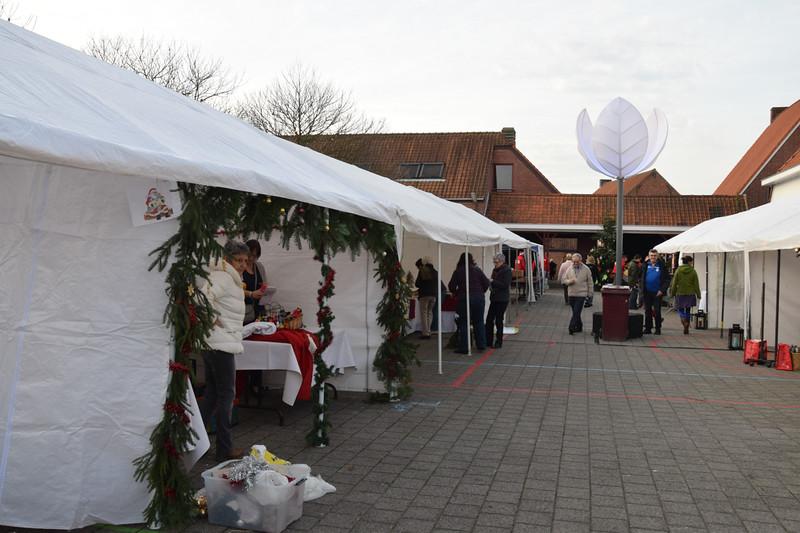 Kerstmarkt Ginderbuiten-2.jpg