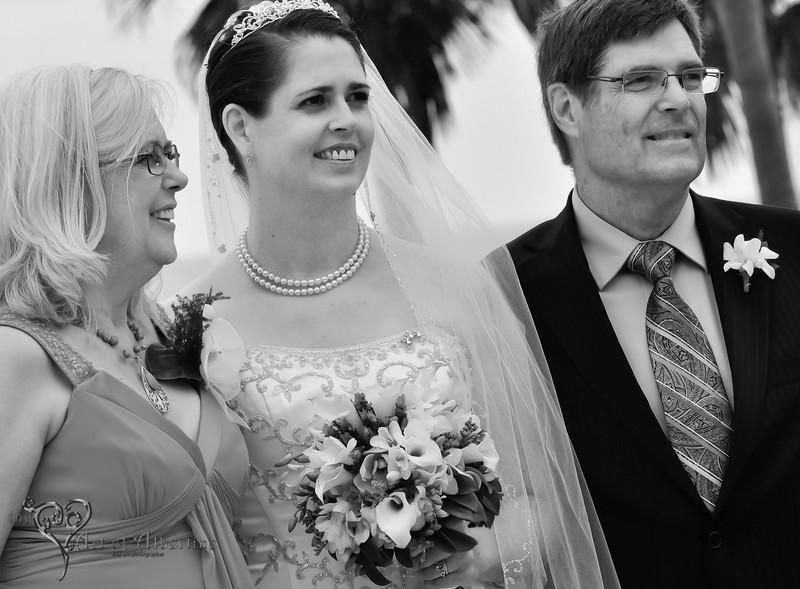 Wedding - Laura and Sean - D90-1292.jpg