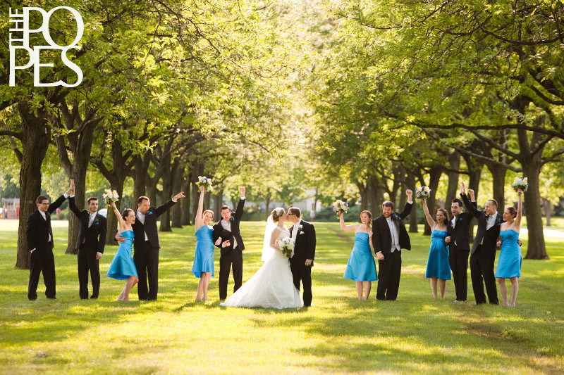 Wedding_Party_Wheaton_Photographers_Catigny_Park_Gardens.jpg