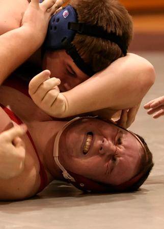 SNHS Wrestling vs NN 2007
