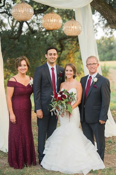 Alexa + Ro Family Portraits-24.jpg