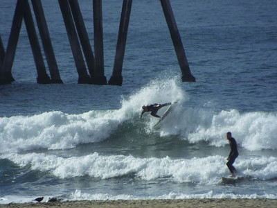 1/9/20 * DAILY SURFING PHOTOS * H.B. PIER