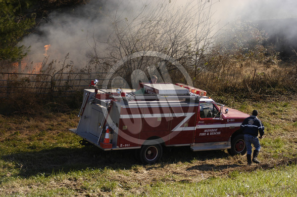 11-12-2013_Wildfire on Byrdstown Hwy