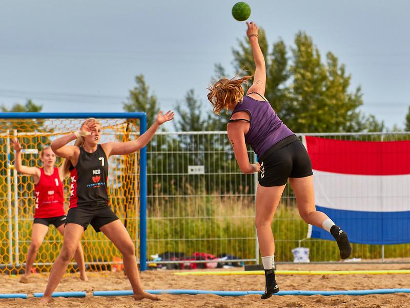 Molecaten NK Beach Handball 2017 dag 1 img 556.jpg