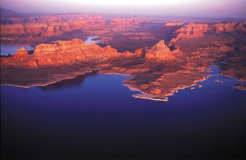 Lake Powell - aerial - KCOT.jpg
