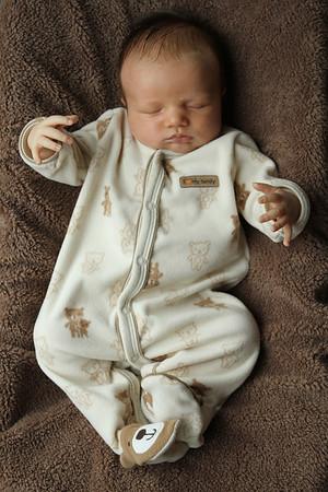 Daniel at 5 weeks