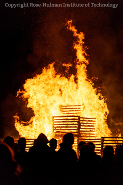 RHIT_Homecoming_2019_Bonfire-7593.jpg