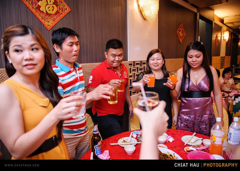 Chee Hou + Li Li - Actual Day Bride Dinner -_-131.jpg