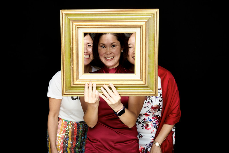Endocrine Clinic Holiday Photo Booth 2017 - 007.jpg