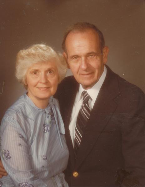 Eileen & Ellis Sullivan 1983 (36 years together).jpg