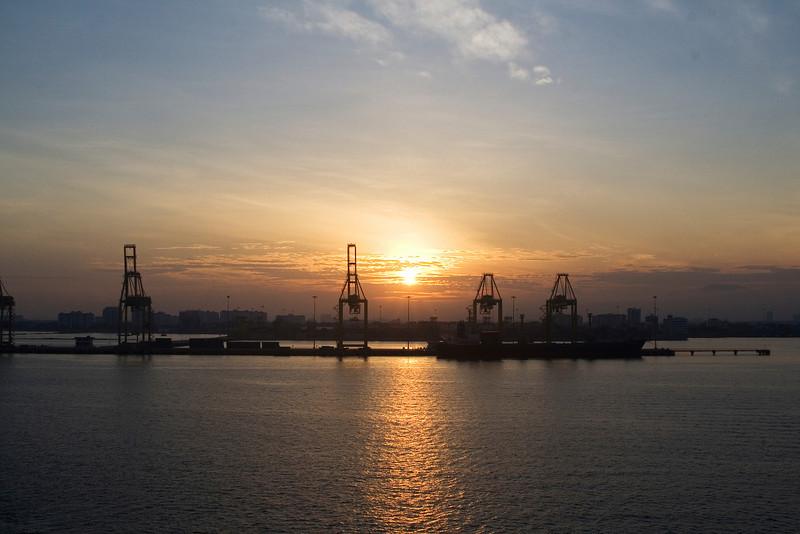 Sunrise Civitavecchia.jpg