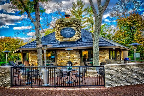 Naperville Riverwalk - Cafe