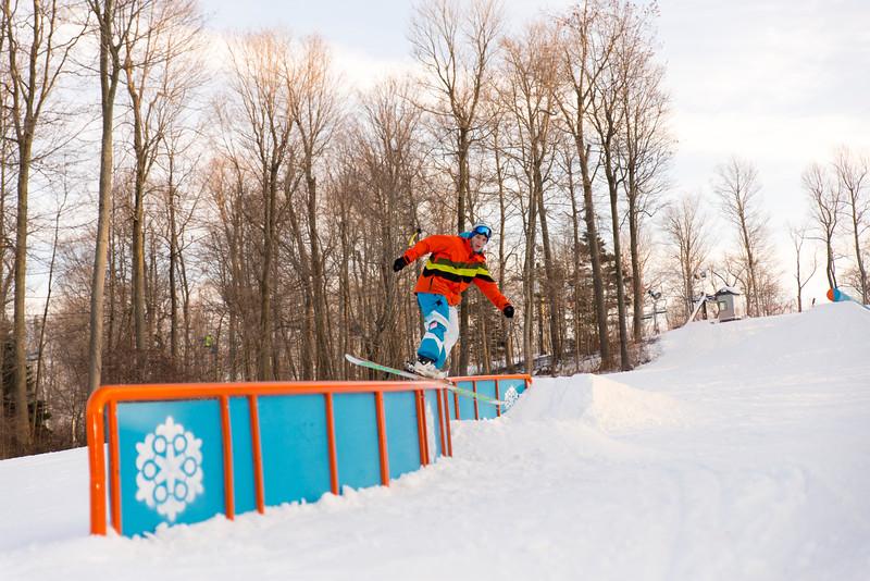 Kick-Off-2014_Snow-Trails-72.jpg