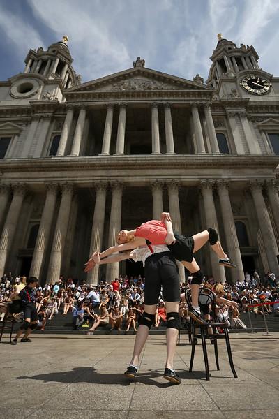 173785430JM003_Ballet_On_Th.JPG