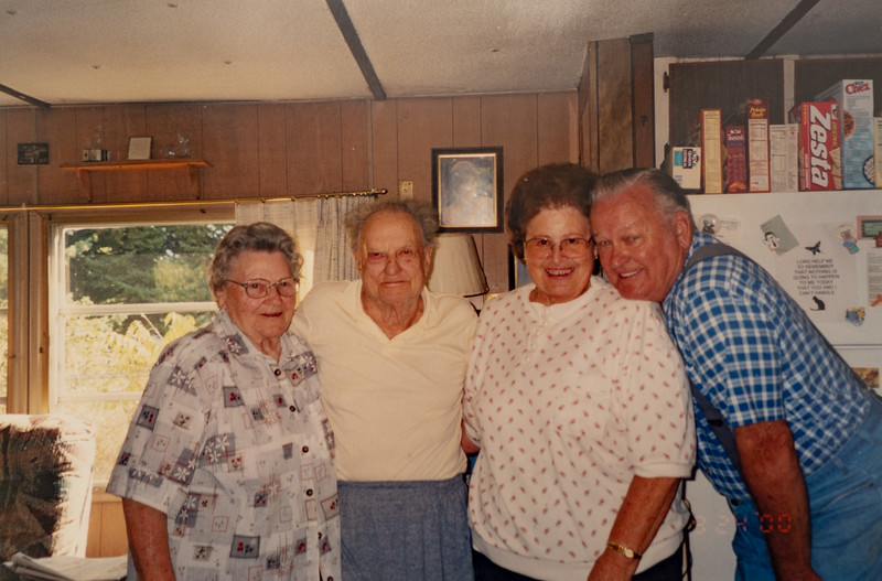 Benewah Lake, Mae Betty, Frank and ?