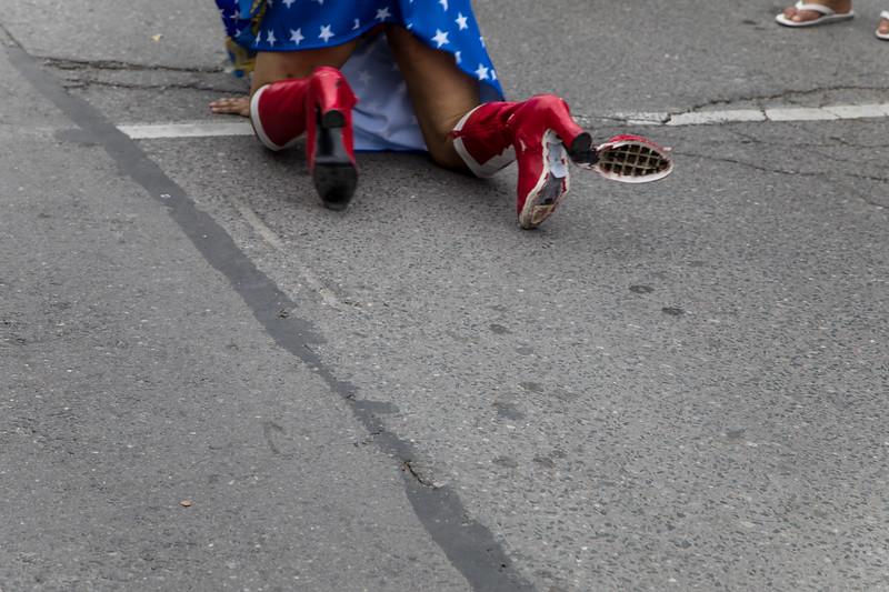 Heel Malfunction! Drag Queen Down!