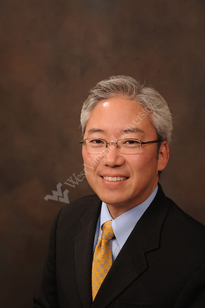 25763 Dan Kim, Director News Service UR Web portrait