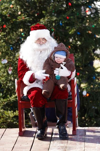 Santa In The Park 20190091.JPG