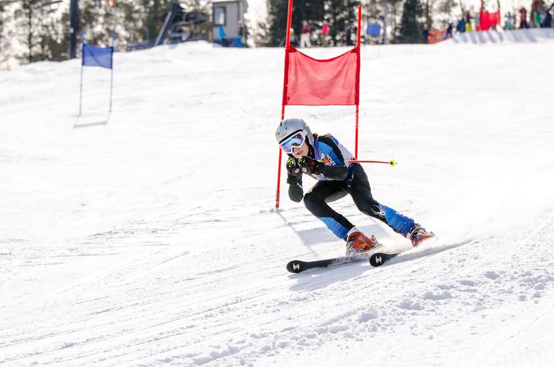 Standard-Races_2-7-15_Snow-Trails-52.jpg