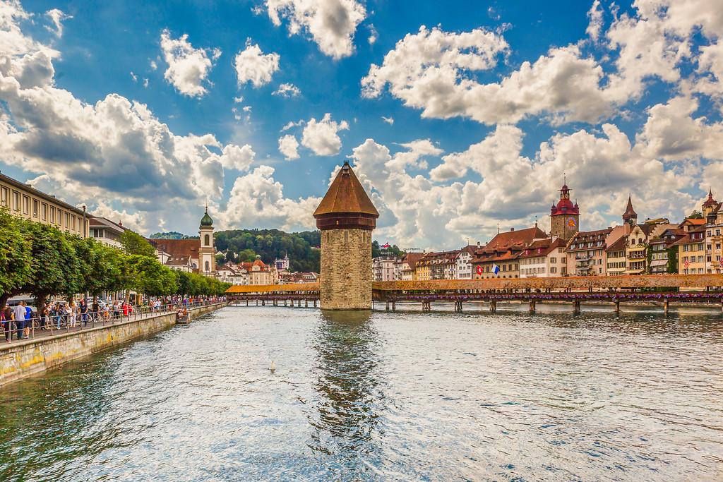 瑞士卢塞恩(Lucerne),湖边景色