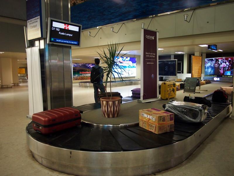 P2128051-baggage-claim.JPG