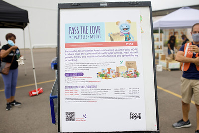 Pass The Love /  Chase Bank Volunteer Day