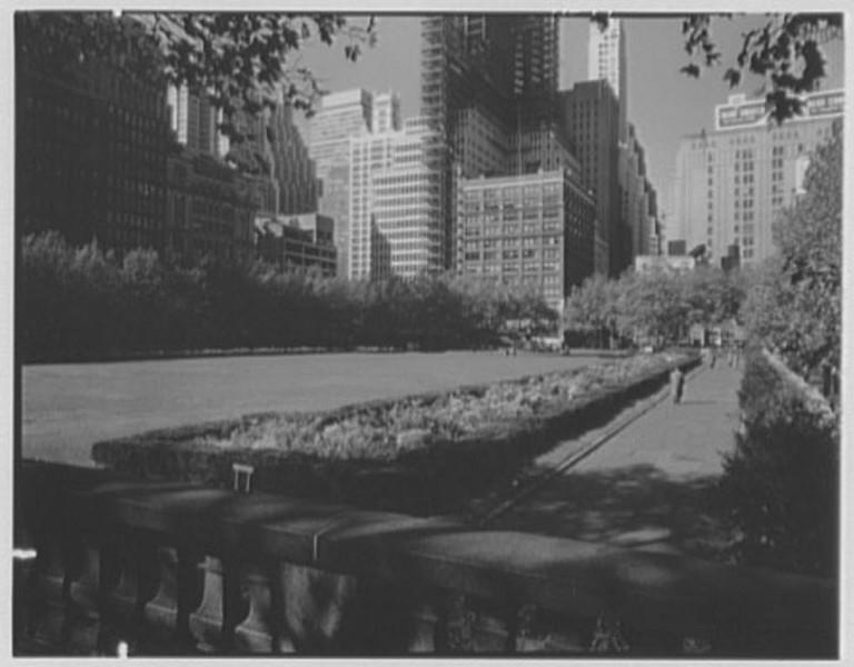 Bryant Park - October 25 1957 - 2.jpg