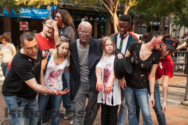 ZombieWalk2012131012122.jpg