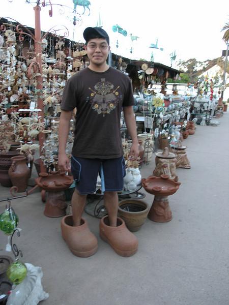 Eddy Sanchez in the Bazaar del Mundo.