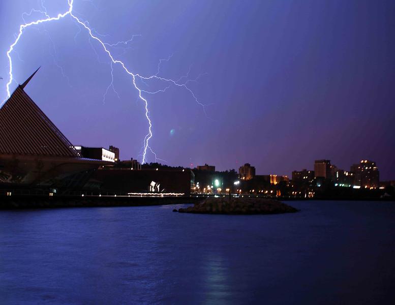 Lightning storm 190 low.jpg
