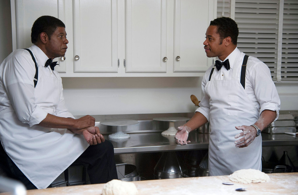 ". Forest Whitaker as Cecil Gaines, left, and Cuba Gooding Jr. as Carter Wilson in a scene from ""Lee Daniels\' The Butler.\"" (AP Photo/The Weinstein Company, Anne Marie Fox)"