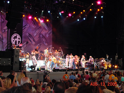 Earth Wind & Fire / Chicago - Tampa 8-13-05