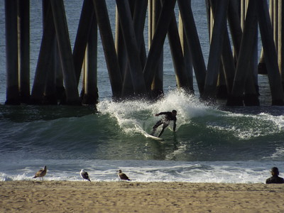 12/17/19 * DAILY SURFING PHOTOS * H.B. PIER