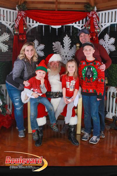 Santa 12-10-16-127.jpg