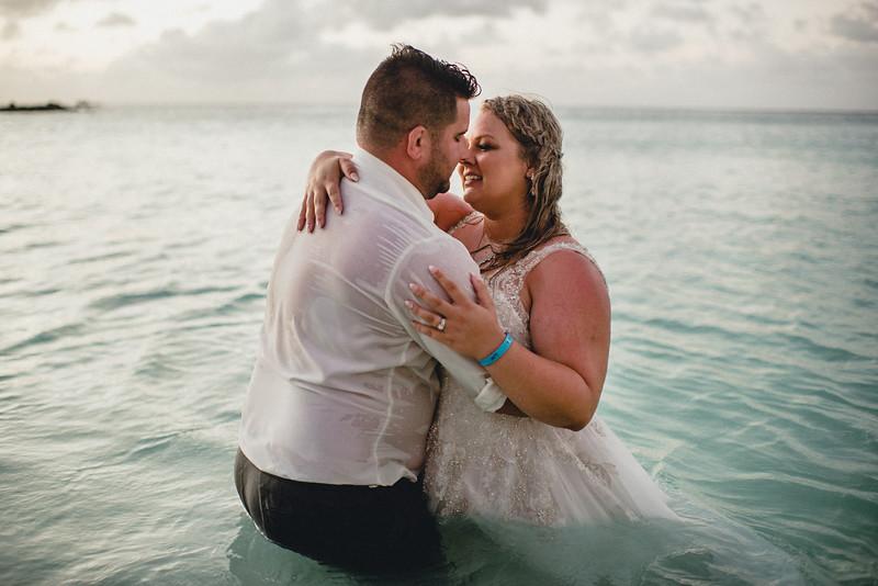 Requiem Images - Aruba Riu Palace Caribbean - Luxury Destination Wedding Photographer - Day after - Megan Aaron -117.jpg