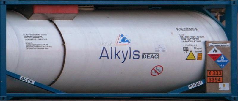 Alkyls tank Enlarge (Photo Joris De Bruyne)