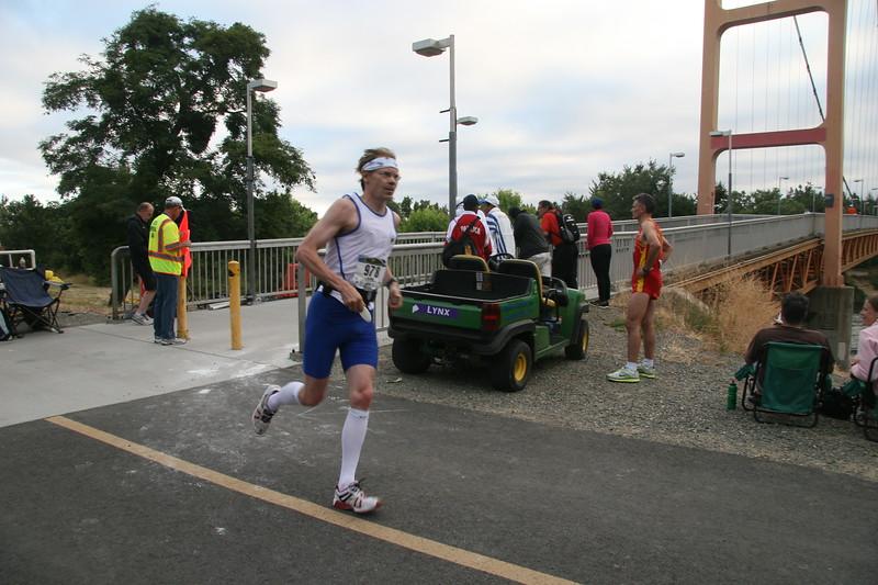 Sac 17th Marathon 010.JPG