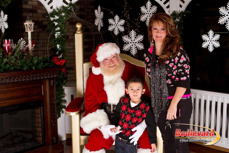Santa Dec 15-57.jpg